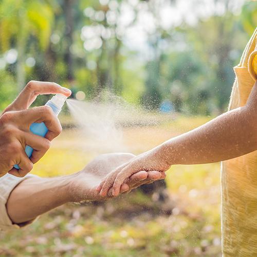 Proteggere i bambini dalle zanzare: i rimedi più efficaci